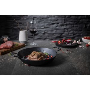 Black Star Iron Serving Pan 28cm